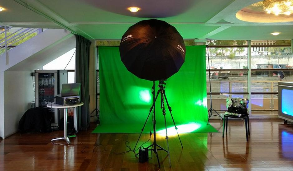 Installation pour animation fond vert avec accessoires